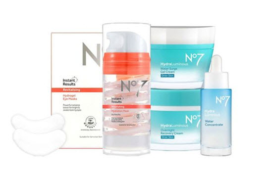 No7 HydraLuminous Dry Skin Collection Bundle from Boots